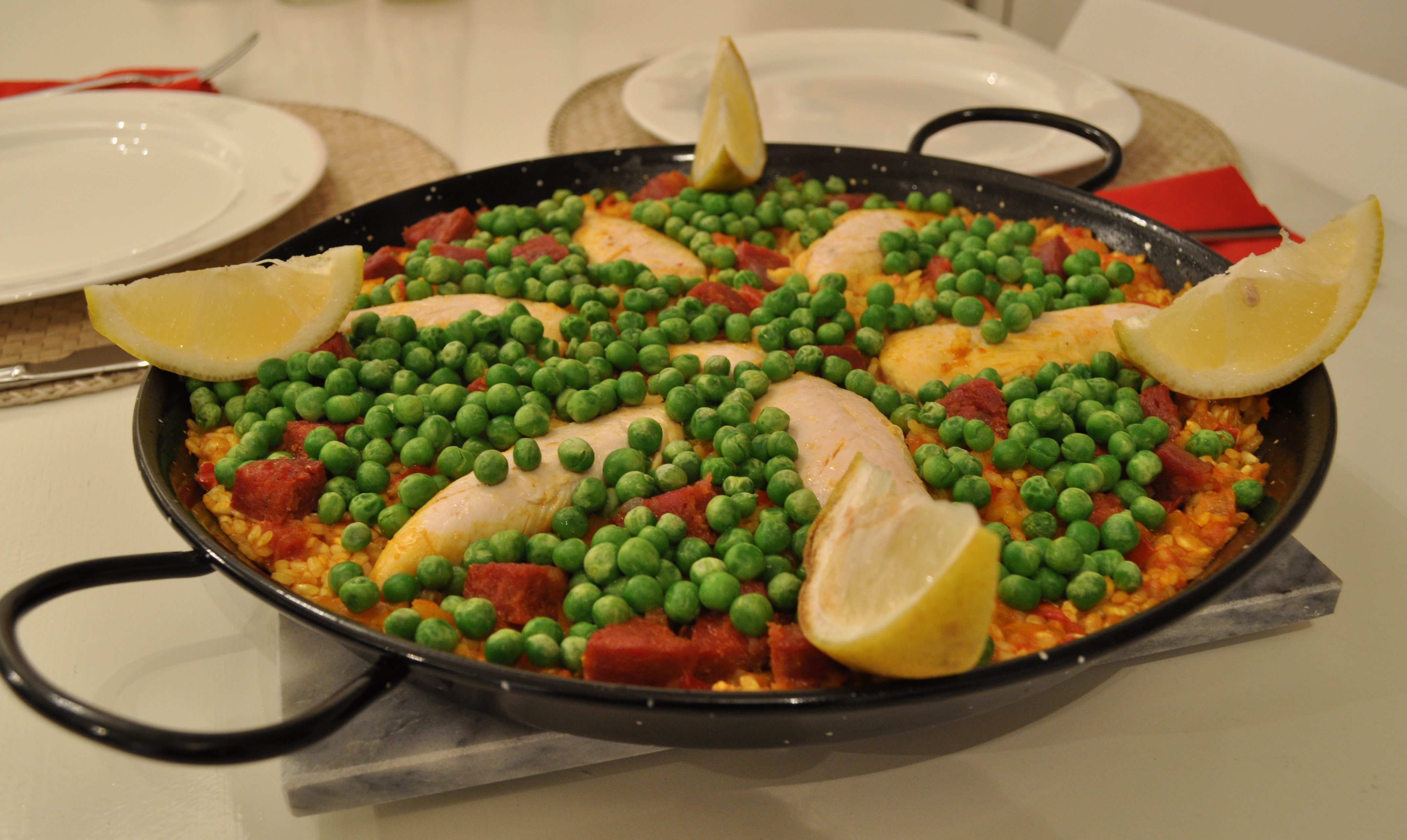 how to cook paella chicken and choreso
