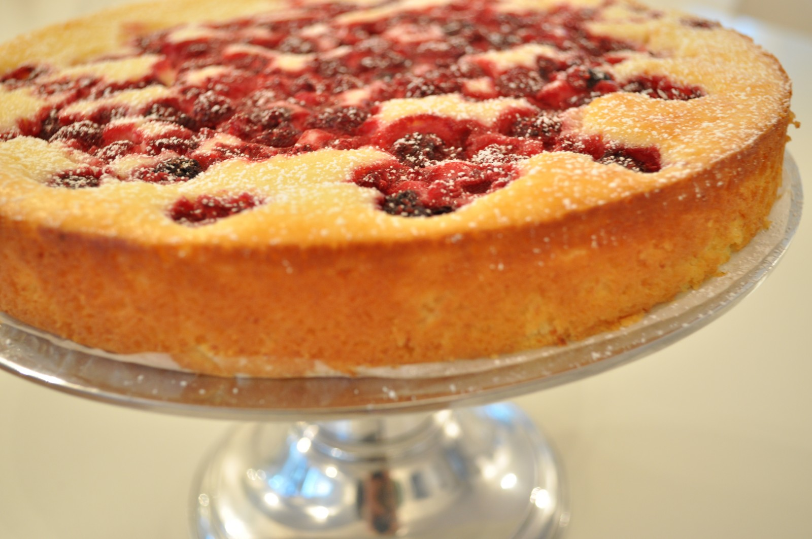 Low Fat Raspberry Cake Recipes: Low-fat Lemon And Raspberry Cheesecake