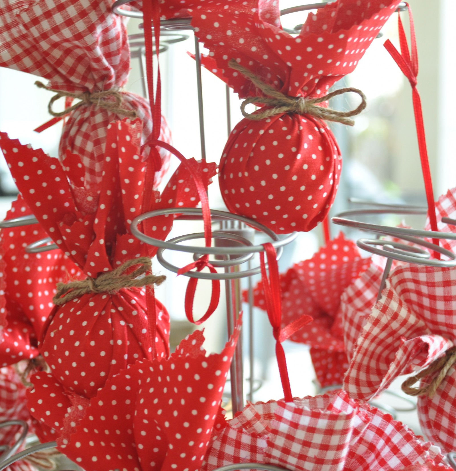 fabric baubles make your own christmas decorations claire k