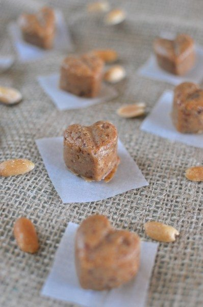 Raw peanut butter fudge via www.clairekcreations.com