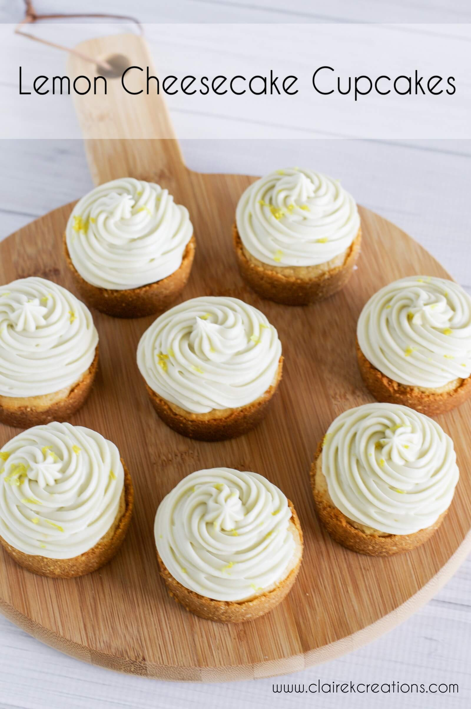 Lemon cheesecake cupcakes with lemon curd