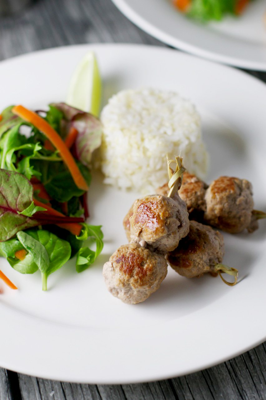 Asian pork meatballs via www.clairekcreations.com
