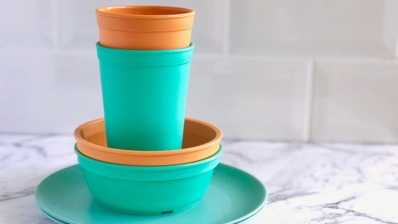 How to keep the kids kitchen stuff under control via www.clairekcreations.com