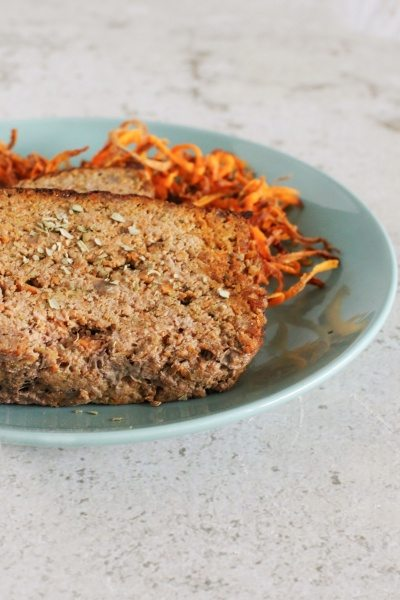 Low calorie Beef and Vegetable Meatloaf via www.clairekcreations.com