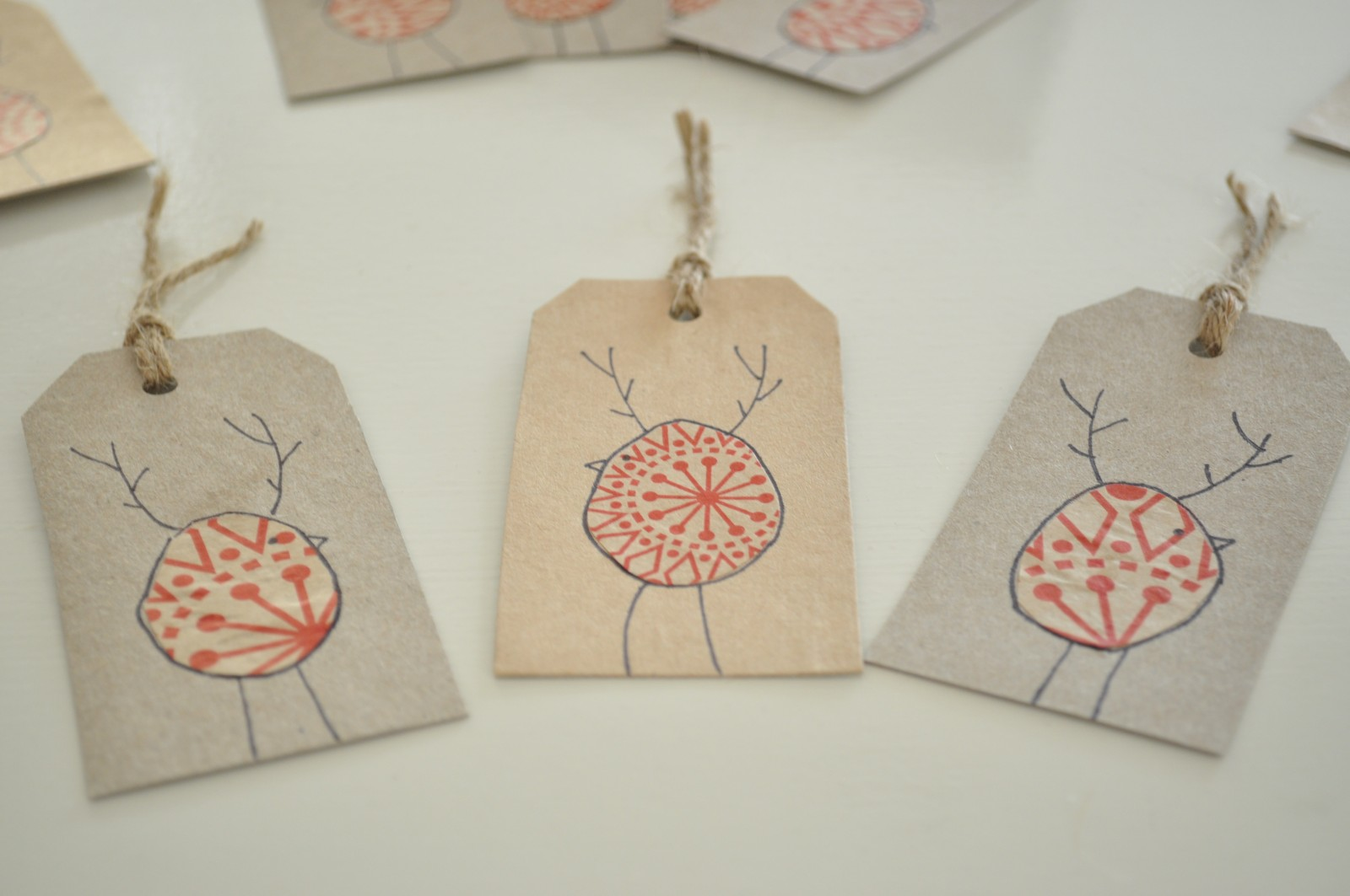 DIY Reinbird Christmas gift tags