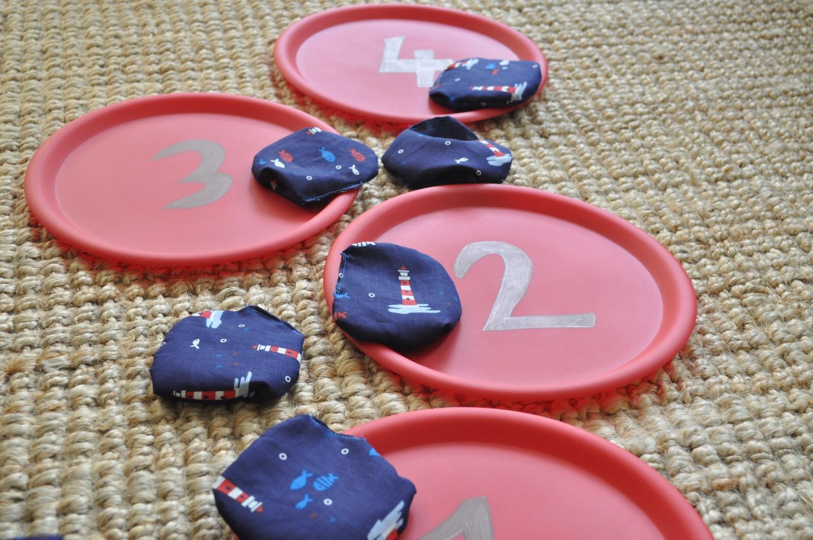 Beanbag toss – easy homemade kids game for the holidays