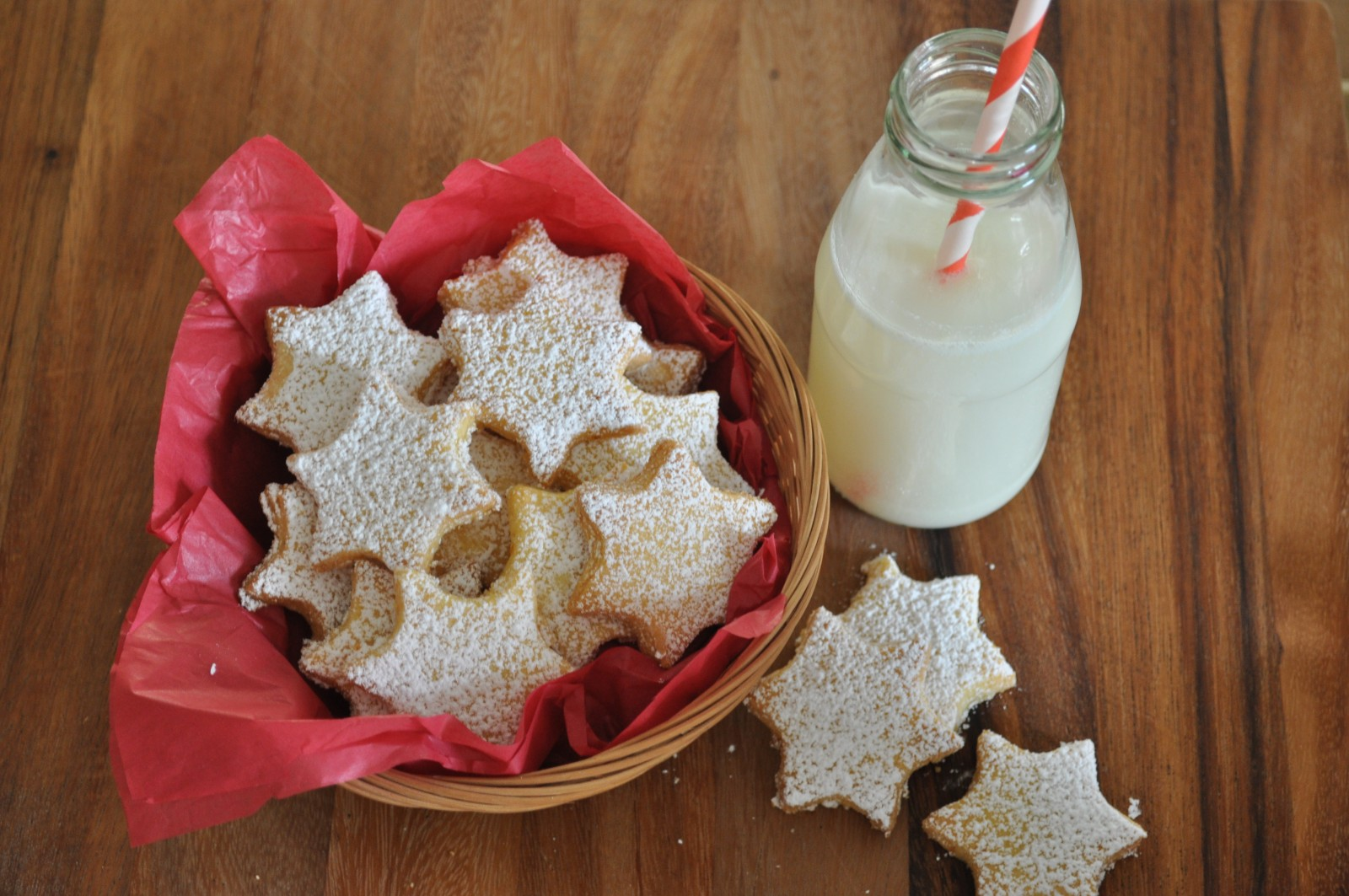 Orange star cookies – a treat for Santa