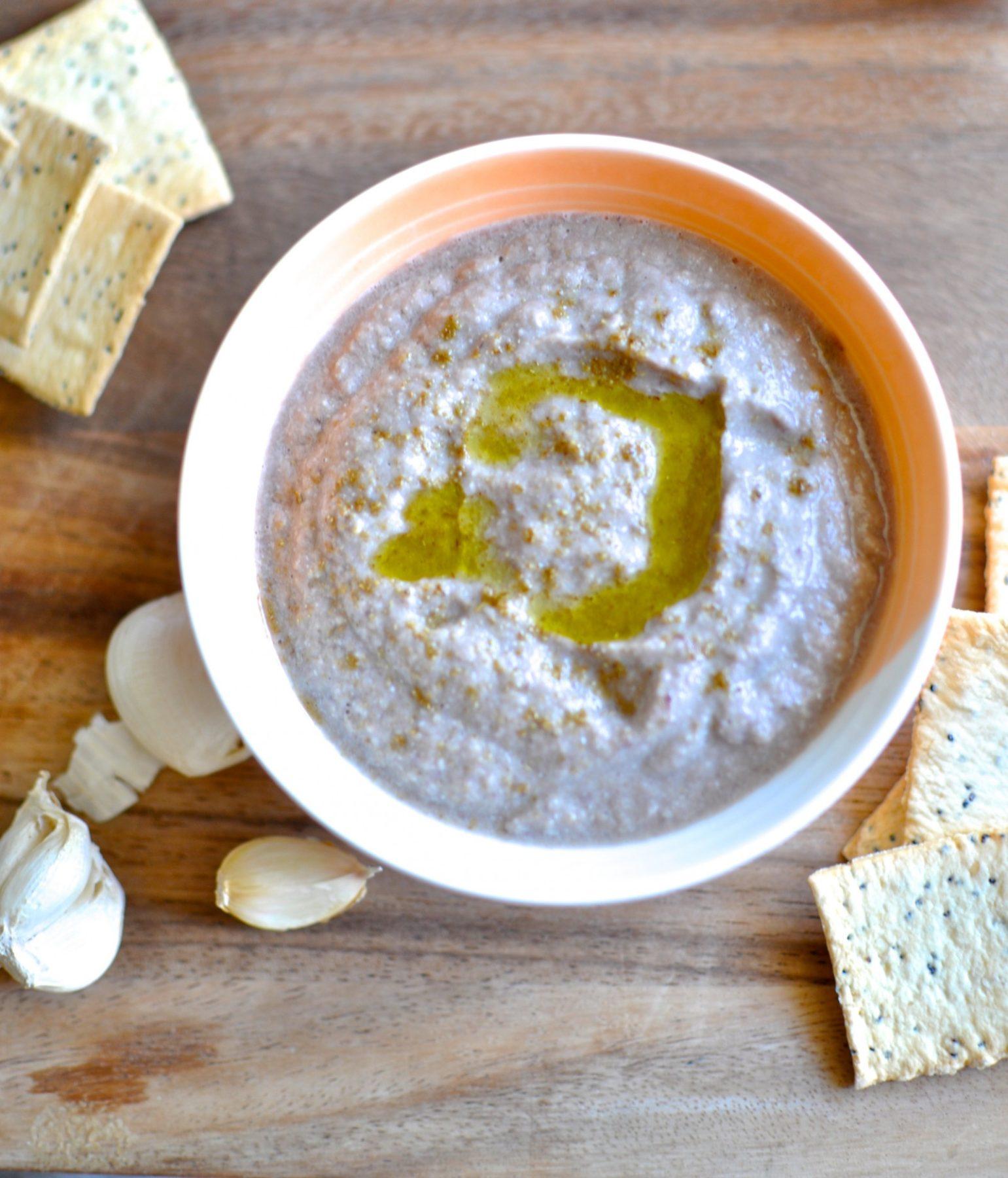 Zucchini and olive hommus – paleo, vegan, gluten-free