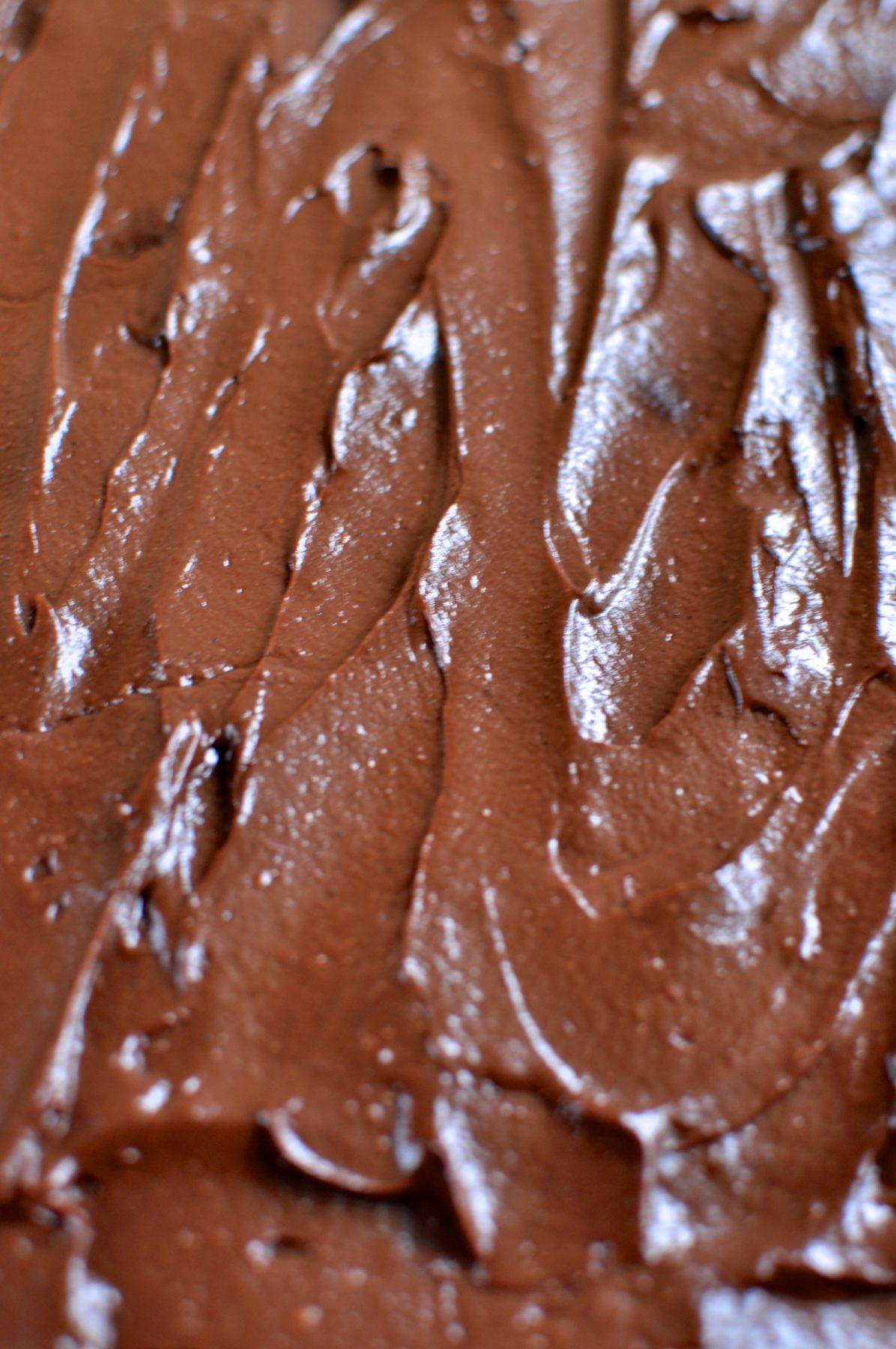 Rich chocolate paleo vegan icing