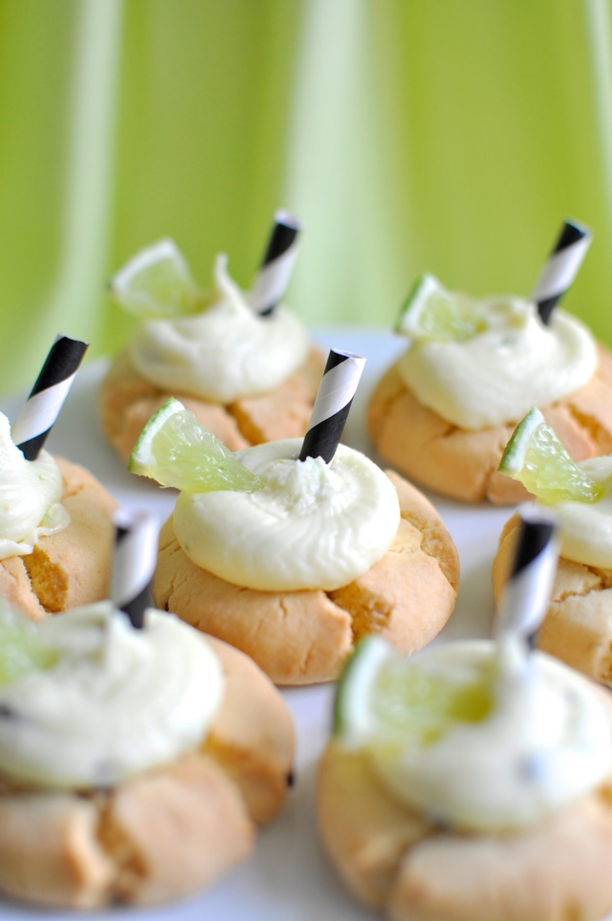 Passionfruit and lime cocktail cookies