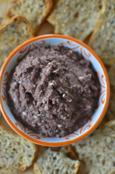 Olive hommus via www.clairekcreations.com