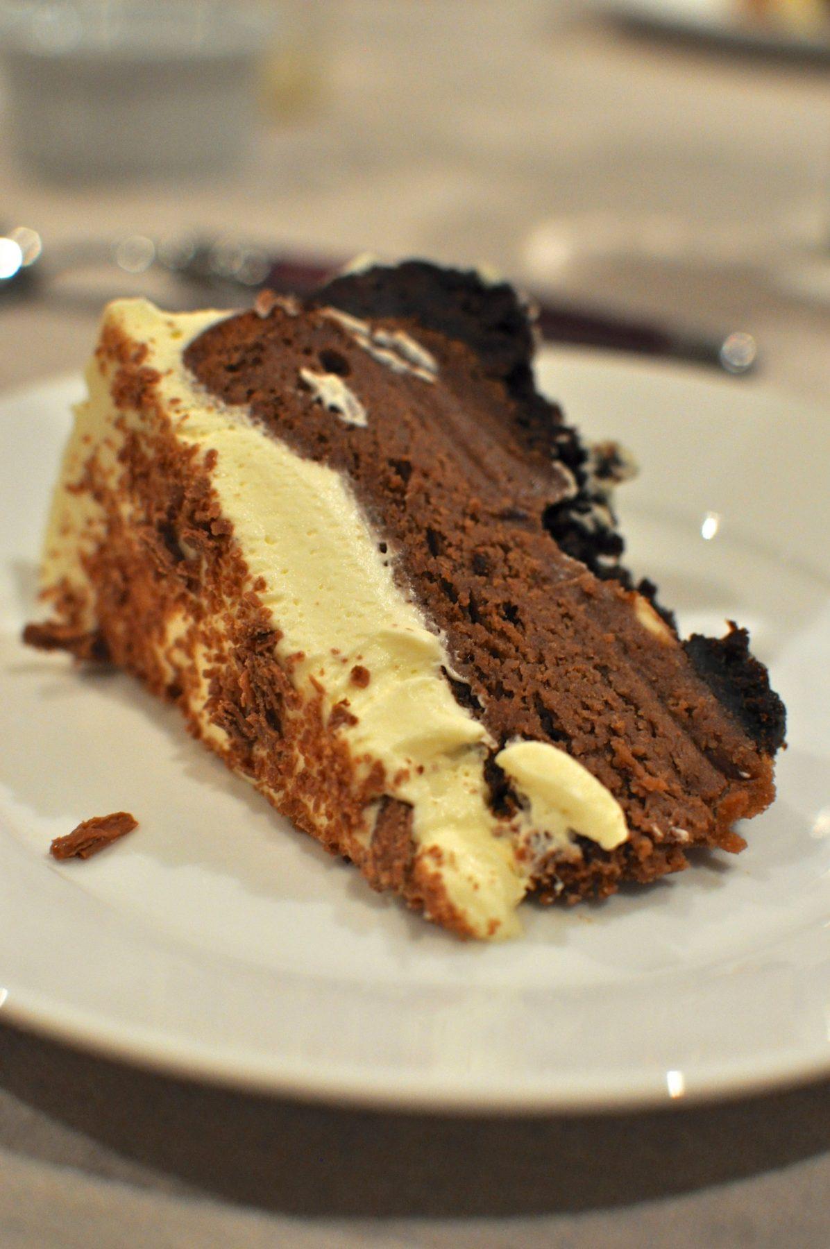 Chocolate cream cheesecake