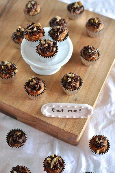Paleo banana cupcakes
