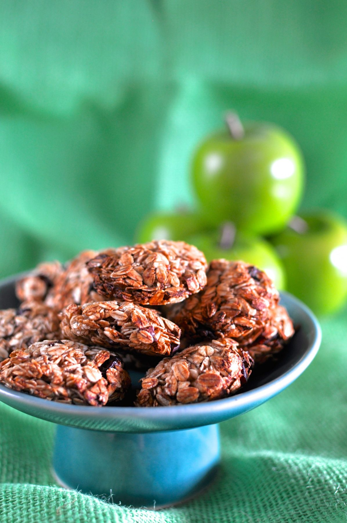 Four ingredient banana oat biscuits