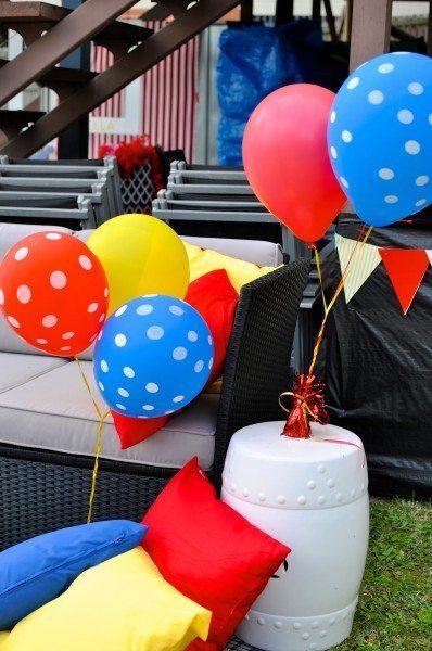 Carnival party via ww.clairekcreations.com