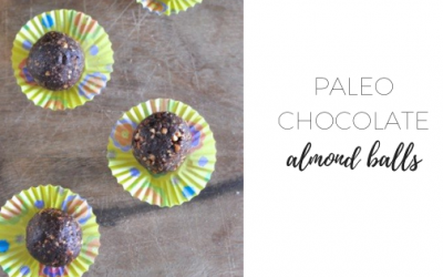 Paleo chocolate almond balls
