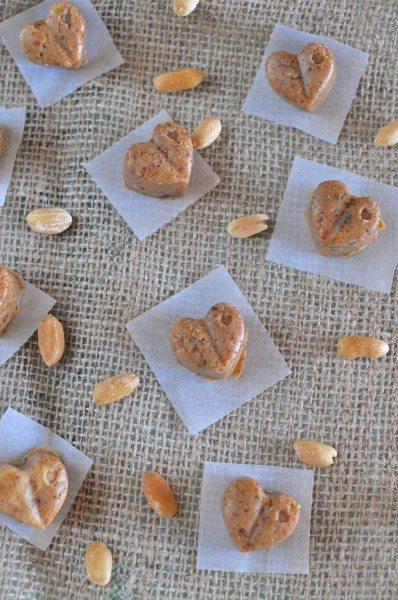 Raw peanut butter fudge via www.clairekcreations.com