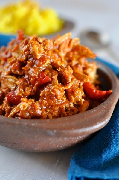 Spanish chicken in the slow cooker via www.clairekcreations.com