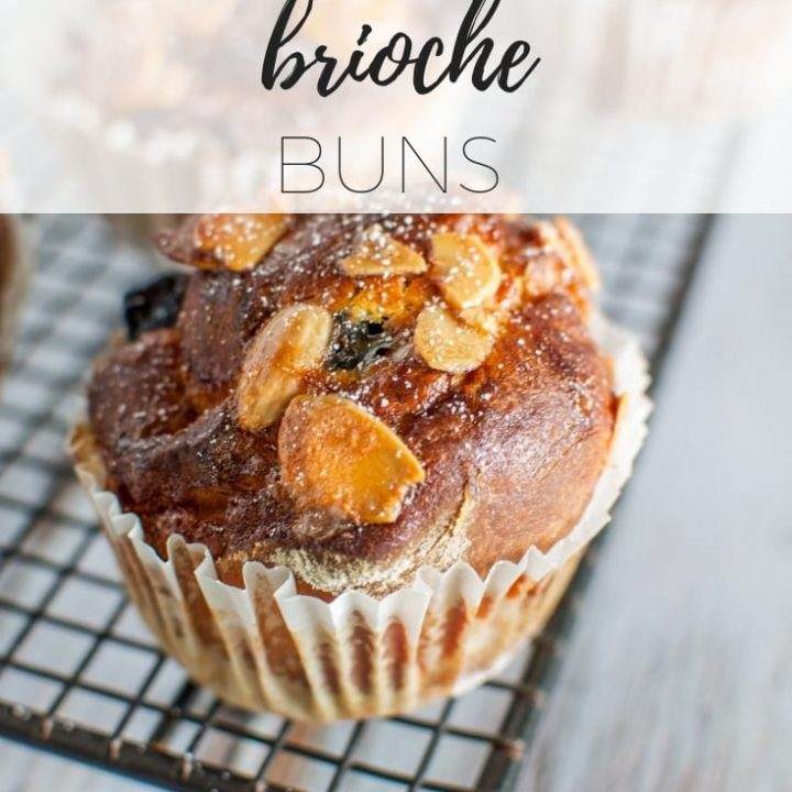 Blueberry brioche buns