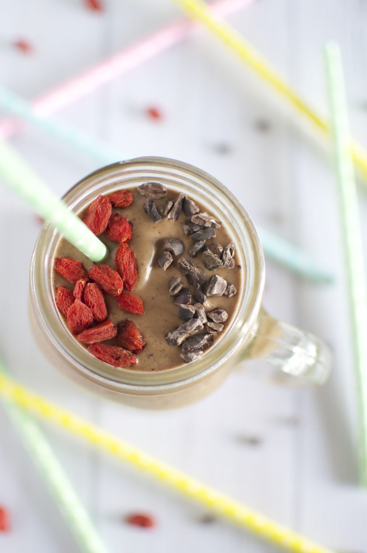 The best ever healthy chocolate smoothie