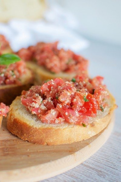 Best ever bruschetta via www.clairekcreations.com
