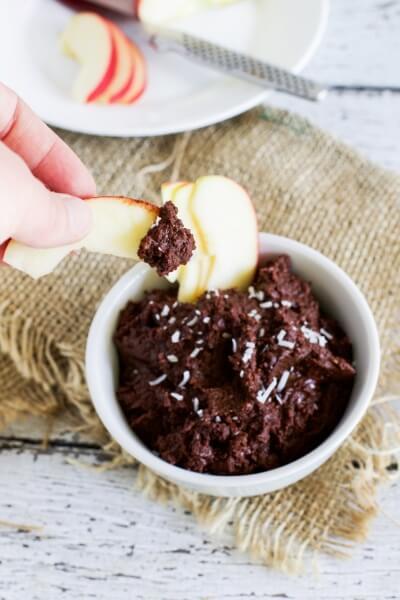Chocolate hommus via www.clairekcreations.com