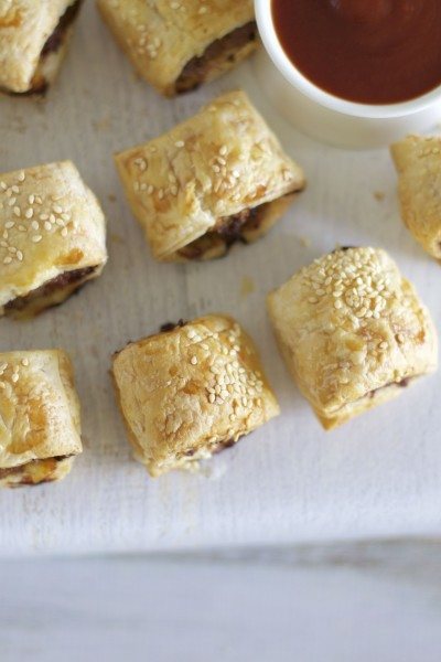 Party sausage rolls via www.clairekcreations.com