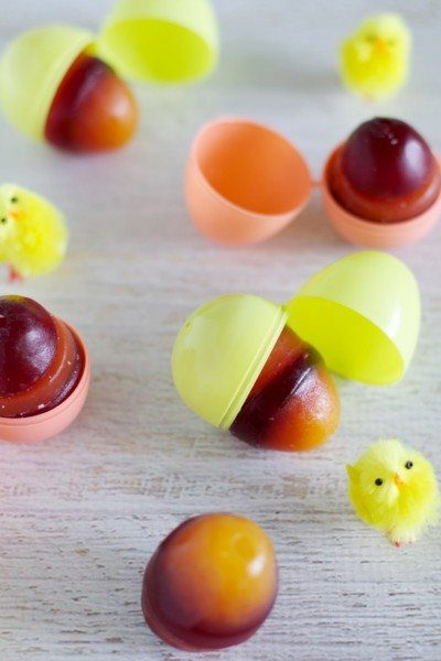 Jelly Easter eggs without refined sugar - easy and healthy.