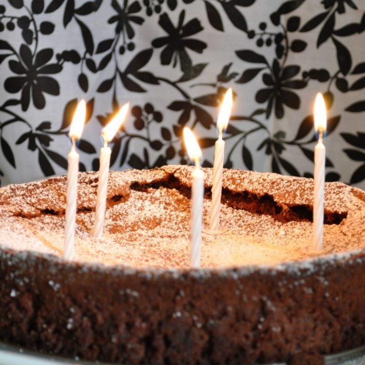 Flourless chocolate lime cake - Happy Birthday to me!