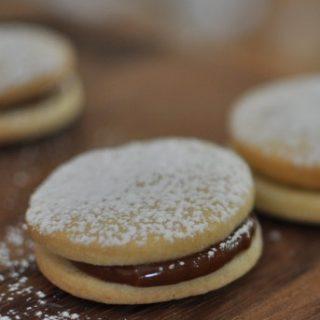 Alfajores - Argentinian dulce de leche sandwich cookies